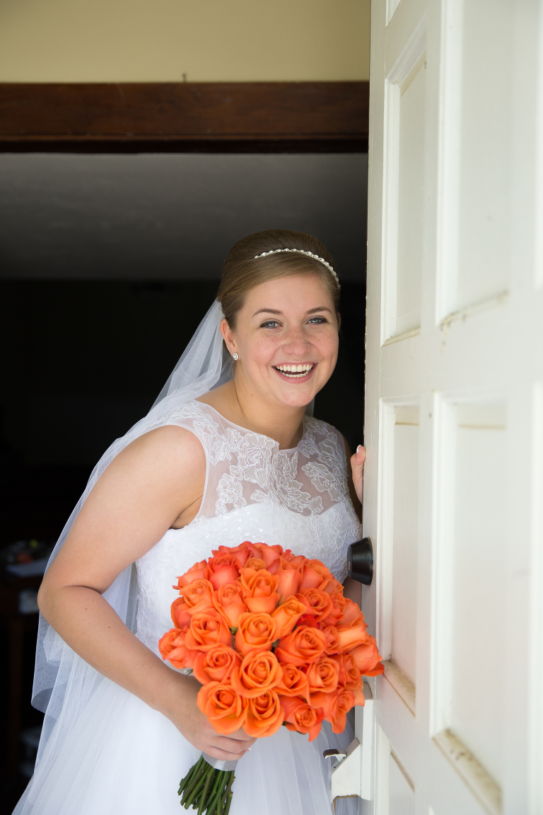 Bride at Heritage Chapel in Willard Mo